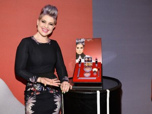 kelly-osbourne-mac-collection-story