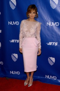 Jennifer-Lopez-in-Zuhair-Murad-Couture-LULACNUVOtv-Unity-Luncheon